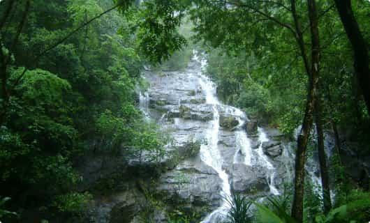 Перевал Трех Пагод