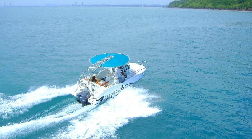 Speed boat Aquamarine
