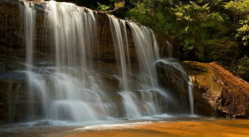 Оранжевый водопад